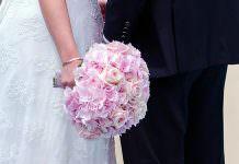 Poročni šopek glede na letni čas